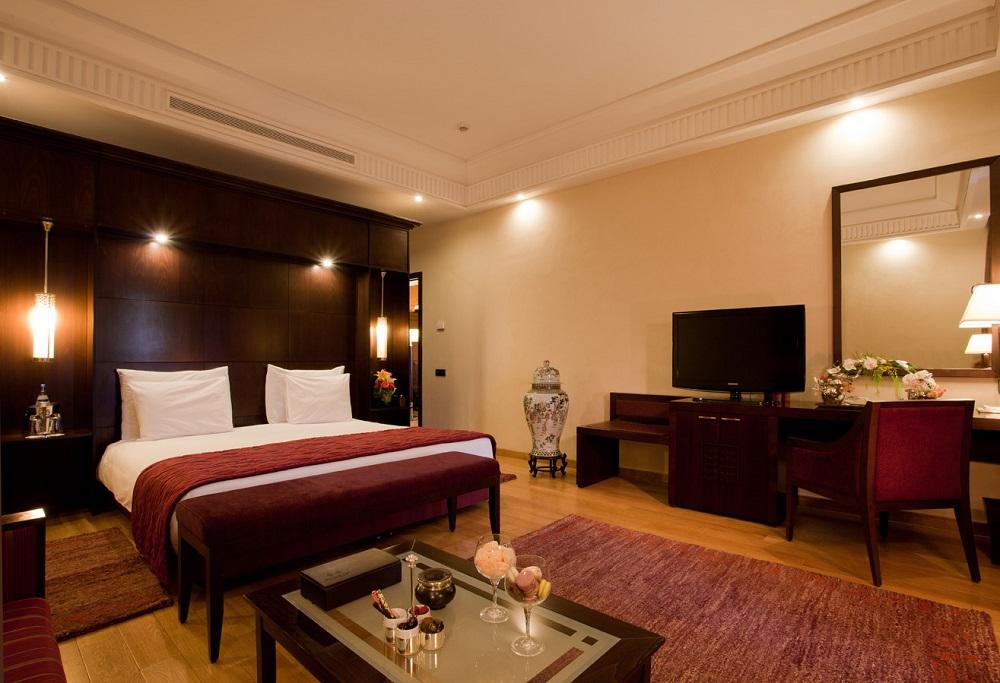 Une chambre de l'hôtel Kenzi Menara.