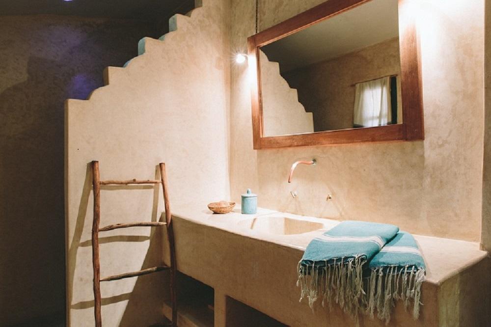 La salle de bain du l'hôtel de Baoussala.