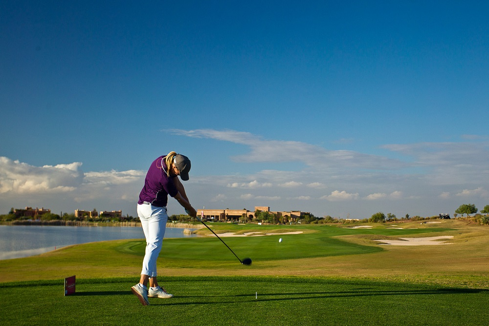 Un joueur au golf de Samanah.