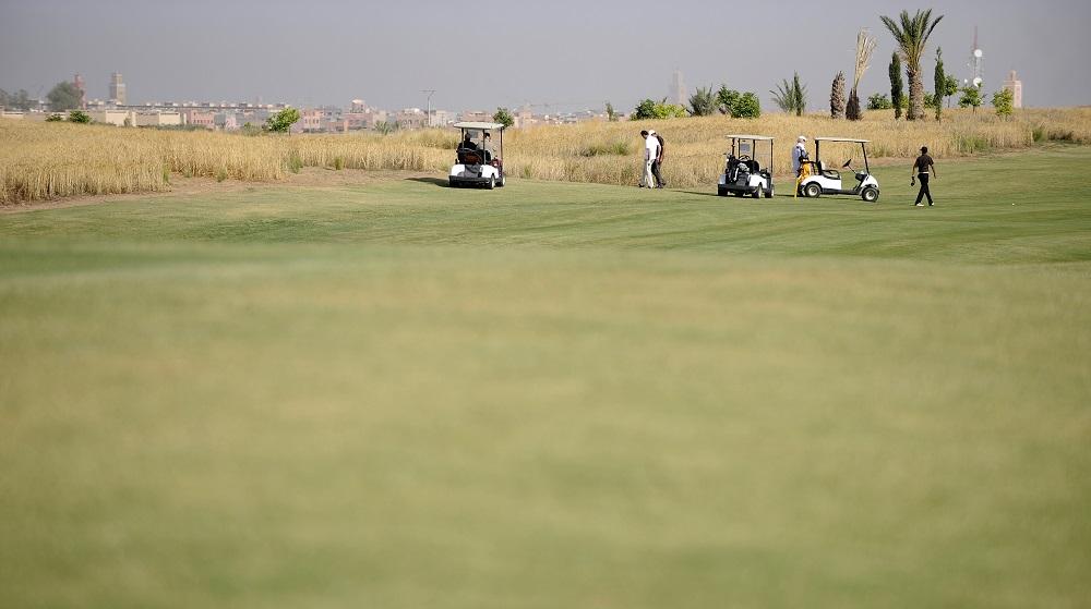 Le parcours aride du golf d'Al Maaden.