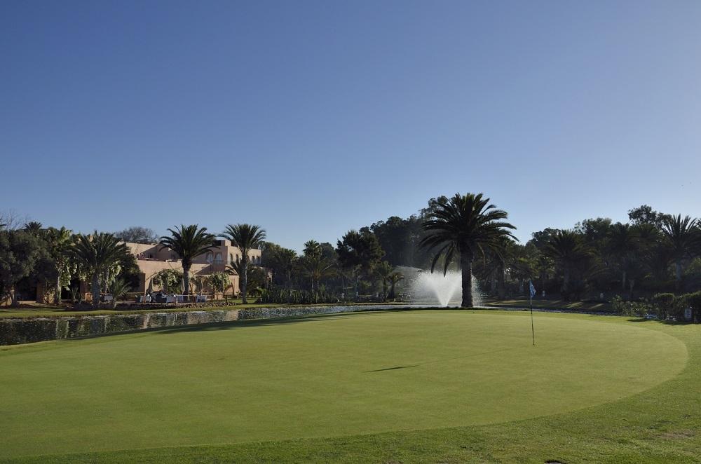 Ciel bleu au golf du soleil