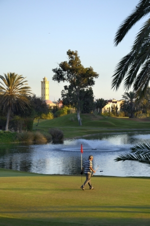 joueur sur le green du golf du soleil