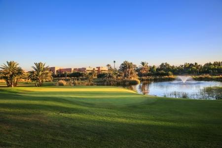Green, Obstacle d'eau et fontaine sur le parcours de golf de La Palmeraie ua Maroc