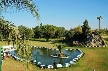 La fontaine spécifique au golf le Royal de Meknes.